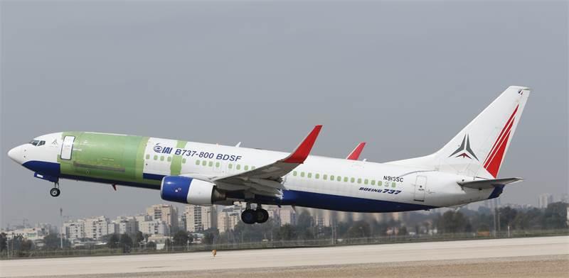 """מטוס 737-800 מוסב / צילום: תע""""א, יח""""צ"""