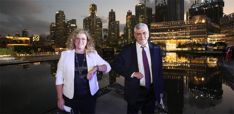 """דב קוטלר, מנכ""""ל בנק הפועלים, ורונית אטד, מנכ""""לית מיקרוסופט ישראל / צילום: סיון פרג', יח""""צ"""