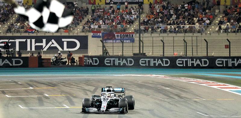 מרוץ הפורמולה 1 באבו דאבי. האמירתים השקיעו במסלול כ-1.3 מיליארד דולר / צילום: Luca Bruno, Associated Press