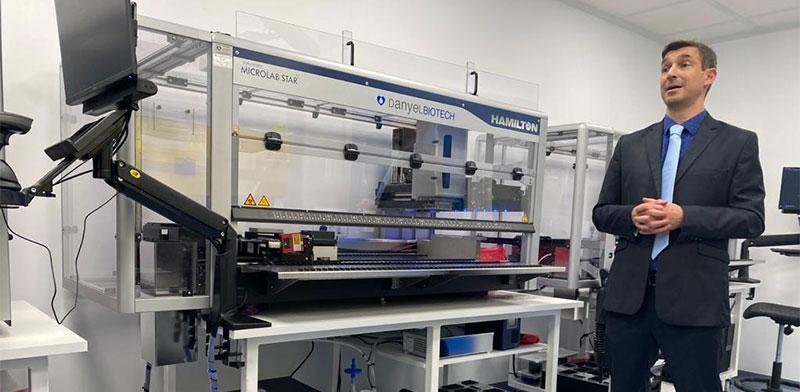"""לירון קרסין מחברת אומגה, שתפעיל את המעבדות לבדיקות קורונה בנתב""""ג, בשיתוף עם רמב""""ם  / צילום: מיכל רז-חיימוביץ, גלובס"""