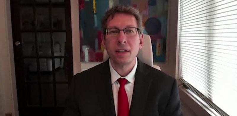 """ד""""ר טל זקס, המנהל הרפואי של מודרנה / צילום: רויטרס"""