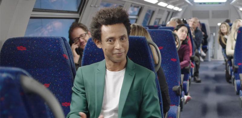 יוסי ואסה מככב בקמפיין החדש של רכבת ישראל ומשרד התחבורה / צילום: מתוך הפרסומת