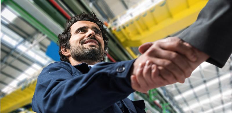 שילוב בתעשייה / צילום: shutterstock