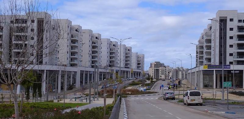 הרחוב הראשי בחריש / צילום: גיא נרדי