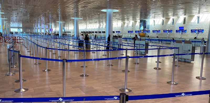 נמל התעופה בן-גוריון ריק מנוסעים / צילום: RAMI AMICHAY, רויטרס