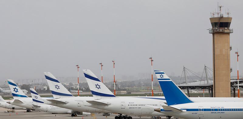 מטוסי אל על מושבתים בשדה התעופה / צילום: Oded Balilty, Associated Press