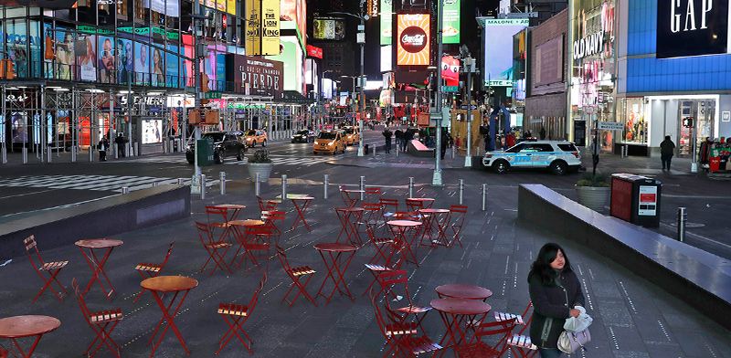 רחובות מרכזיים בניו יורק ריקים מאדם לאחר השבתת המשק בצל הקורונה / צילום: Associated Press
