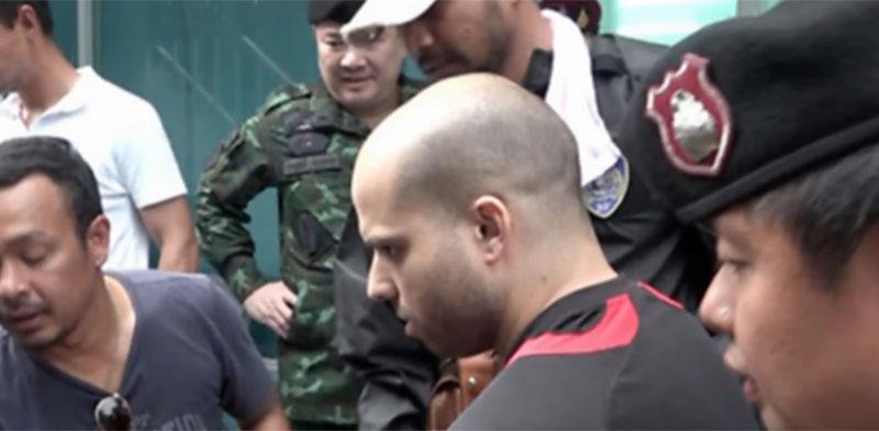 הפשיטה של צבא תאילנד על מרפאתו של נתי חדד / צילום: מתוך ערוץ היוטיוב של כאן 11