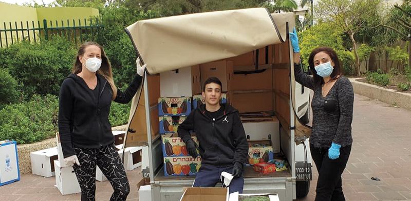 נעמה קוטרמן, מפיצה סחורה עבור חקלאים / צילום: יאיר עוז