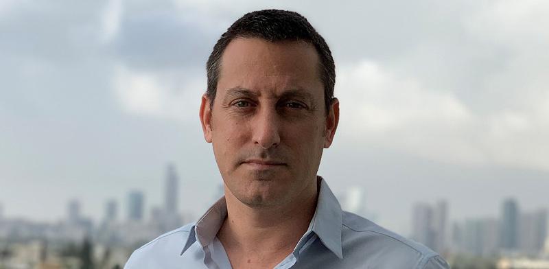 """ברק רביד, הפרשן המדיני של חדשות 13 / צילום: יח""""צ"""