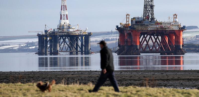 אסדת קידוח נפט בים הצפוני / צילום: Andrew Milligan, Associated Press