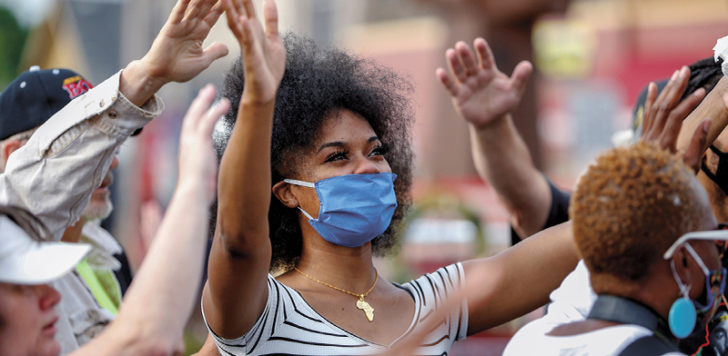 """עצרת Juneteenth במיניאפוליס, ארה""""ב / צילום: Eric Miller, רויטרס"""