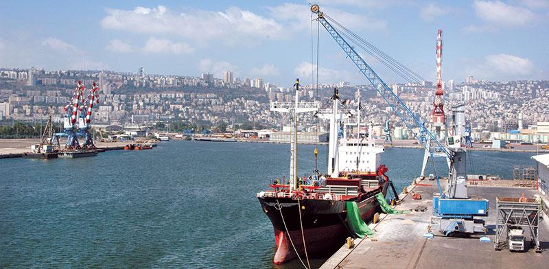 מספנות ישראל בנמל חיפה   / צילום: פאול אורלייב