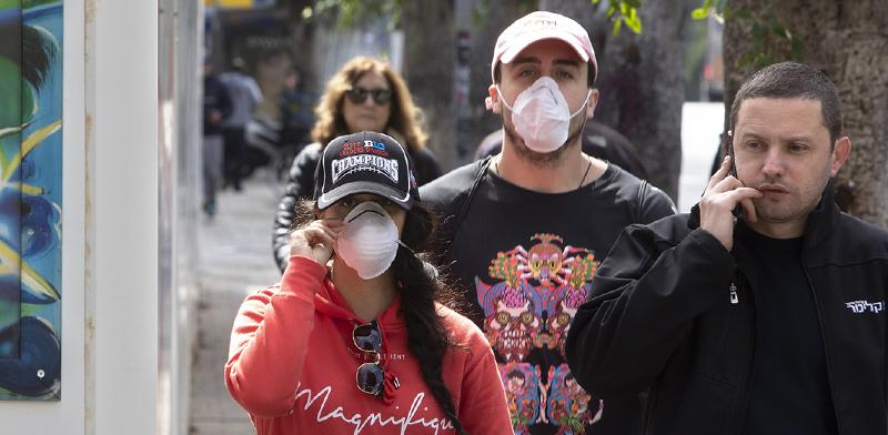 הרחוב הישראלי בזמן קורונה/ צילום: Sebastian Scheiner, Associated Press