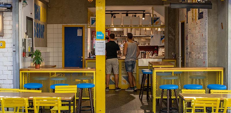 תנועה דלה של קונים במסעדות ובתי הקפה בארץ / צילום: כדיה לוי, גלובס