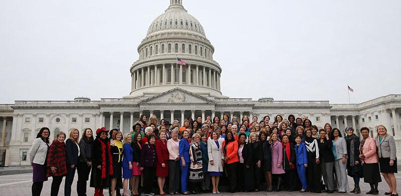 שיא במספר המתמודדות לקונגרס האמריקאי / צילום: Leah Millis, רויטרס