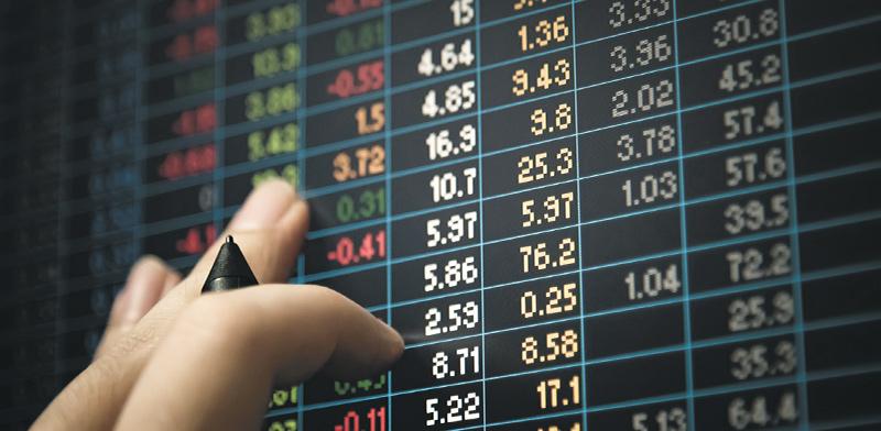 השקעות של צעירים ברשת הובילו לזינוק בשווי של החברות / אילוסטרציה: shutterstock, שאטרסטוק