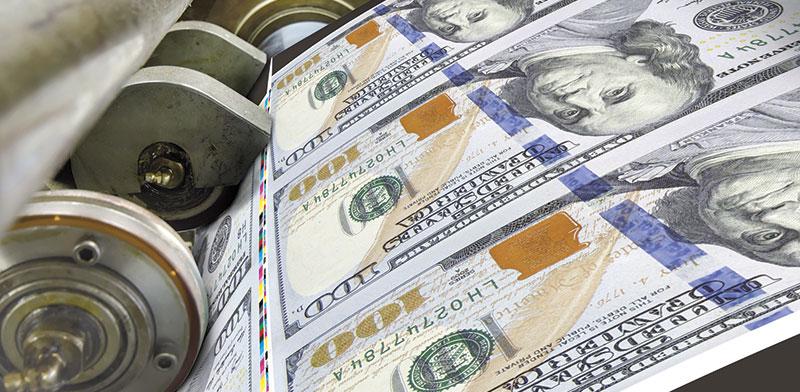 מדפיסים דולרים  / צילום: shutterstock, שאטרסטוק