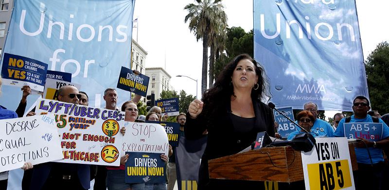 נהגים דורשים שאובר תגדיר אותם שכירים, קליפורניה 2019 / צילום: Rich Pedroncelli, Associated Press