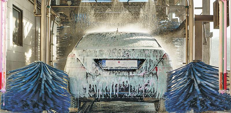 שטיפת מכוניות. רק להתקין חיישן ולהוריד אפליקציה / צילום: shutterstock, שאטרסטוק