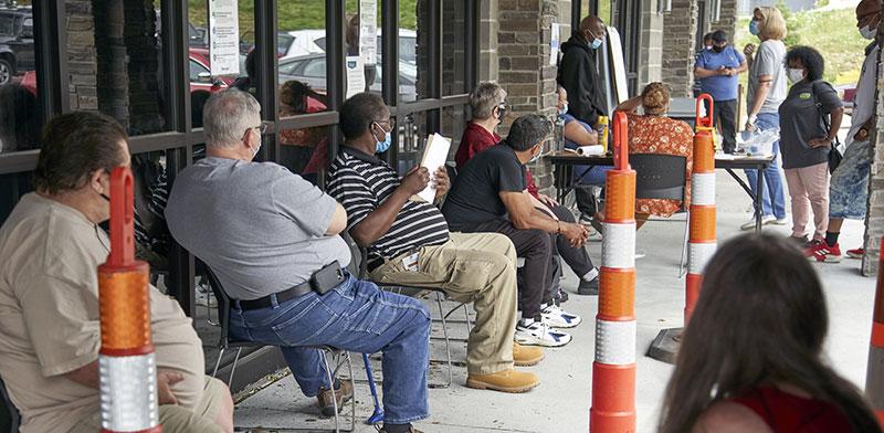 """מובטלים בארה""""ב / צילום: Nati Harnik, Associated Press"""
