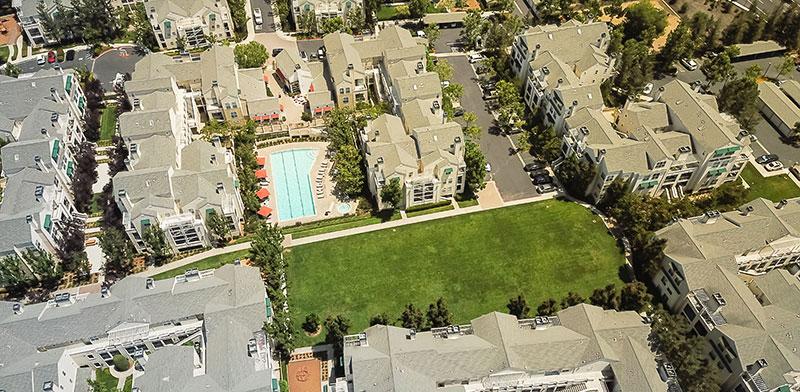 מקבץ דירות להשכרה בקליפורניה. 30-40 מיליוני תושבים מניו יורק עד סן פרנסיסקו עלולים למצוא את עצמם מפונים מבתיהם / צילום: shutterstock, שאטרסטוק