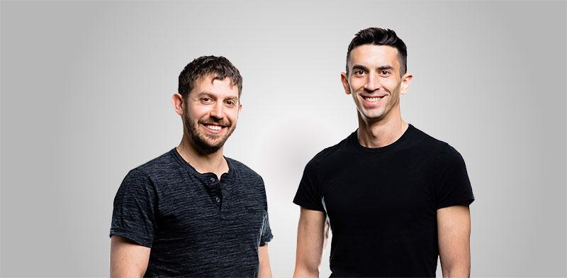 מייסדי חברת CURV איתי מלינגר (מימין) ודן ידלין / צילום: נתנאל טוביאס