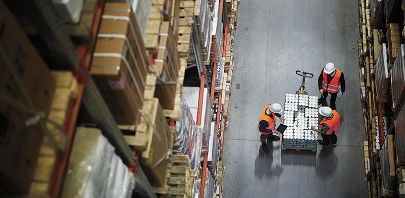 עובד מאושר מייצר תפוקה גדולה יותר. המודל של FAVI / צילום: shutterstock, שאטרסטוק