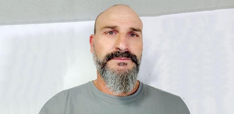 """שמעון דהן, בעלים של """"מוסך דהן"""", מוסך פחחות וצבע בבני ברק / צילום: תמונה פרטית"""