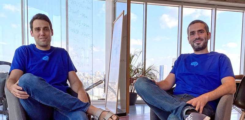 "מייסדי קורלוג'יקס. מימין: אריאל אסרף, יוני פרין / צילום: יח""צ"