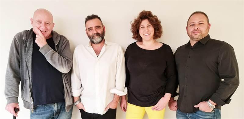 """מימין לשמאל: חיים הר־זהב, ליאת דנציגר, מולי ארי, גדי שמשון. מיזם נולד / צילום: עידו איז'ק, יח""""צ"""