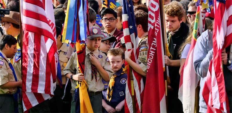 חניכי תנועת הצופים האמריקאית ביום הזיכרון הלאומי / צילום: Richard Vogel, AP