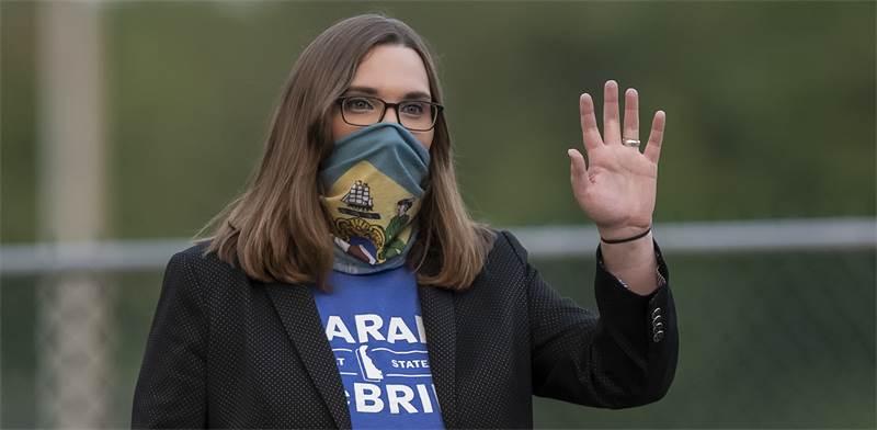 שרה מקברייד, הסנאטורית הטרנסג'נדרית הראשונה בבית הנבחרים של דלאוור / צילום: Jason Minto, Associated Press