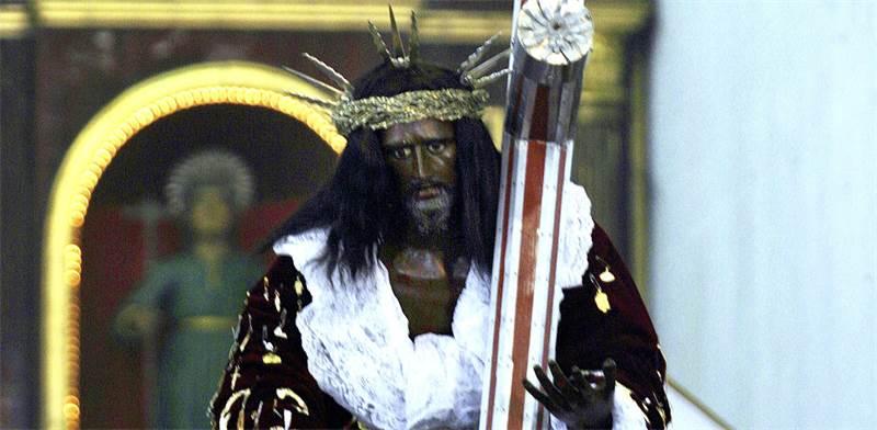 פסל של ישו השחור בפורטבלו, פנמה / צילום: Alberto Lowe AL, רויטרס
