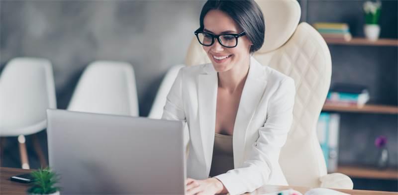 לימוד מקוון. אין צורך לעצור את הקריירה / צילום: Shutterstock/א.ס.א.פ קרייטיב