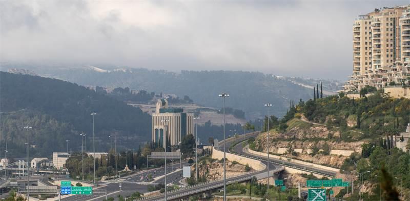 """ירושלים בסגר הראשון. """"למדנו בדרך הקשה את היציאה הלא אחראית מהסגר הקודם"""" צילום:  Shutterstock/ א.ס.א.פ קריאייטיב"""