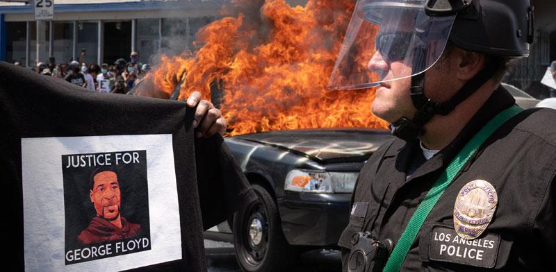 מהומות בעקבות רצח ג'ורג' פלויד / צילום: Shutterstock | א.ס.א.פ קריאייטיב