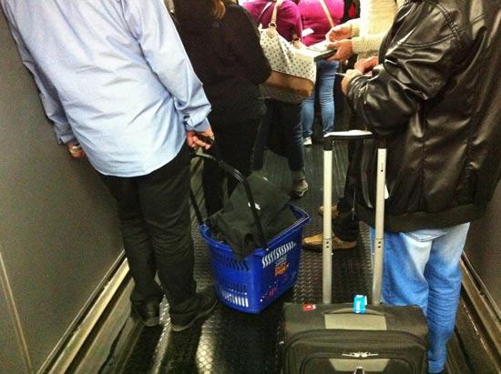 ישראלי גנב עגלה מהדיוטי פרי בקפריסין / מתוך דף הפייסבוק